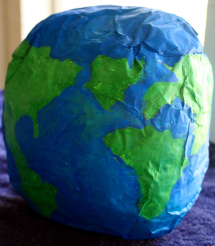 Papier m ch globe my very own world adventure for Paper mache activities