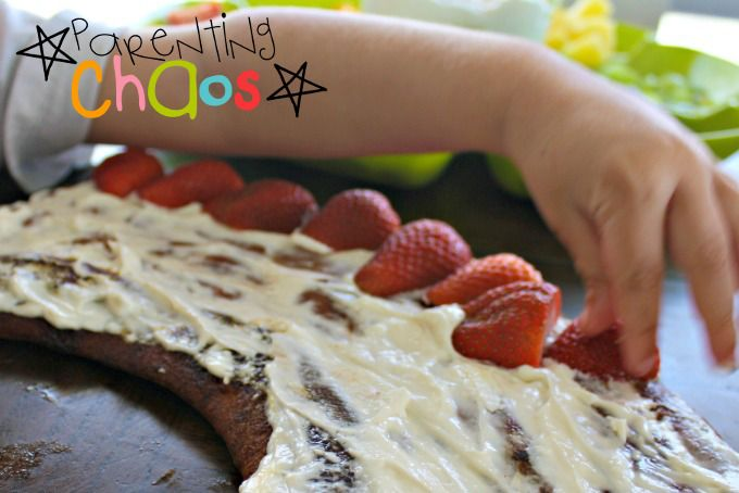 Kids Decorating Rainbow Fruit Pizza