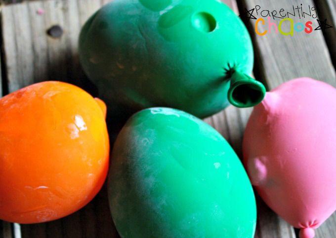 Frozen water bead balloons