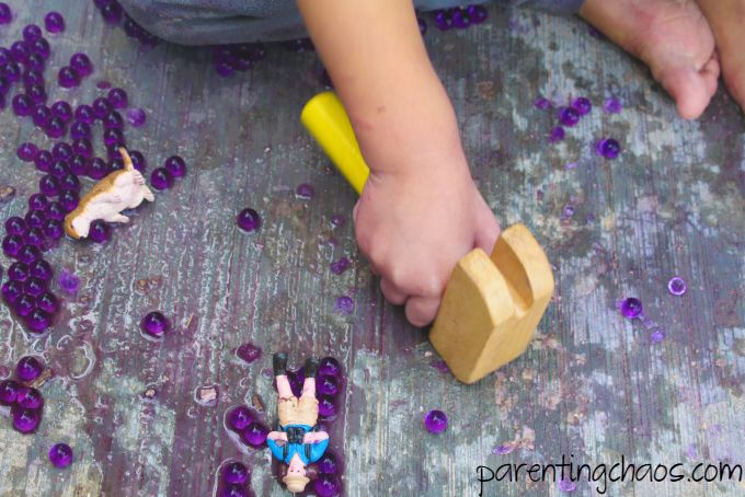 Hammering Water Beads