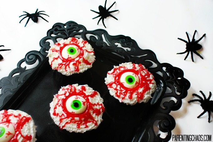 These bloodshot eyeball cupcakes look like they belong to a Blarg!