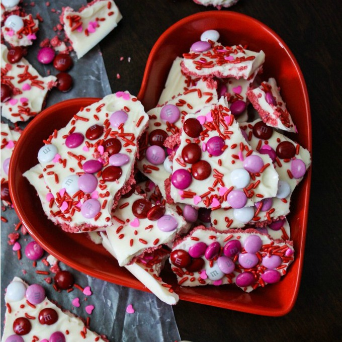 STRAWBERRY CHEESECAKE CHOCOLATE BARK