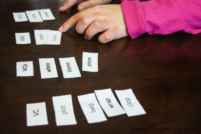 This game of shaving cream sort and spell is an awesome way to get children examining and manipulating their spelling words!