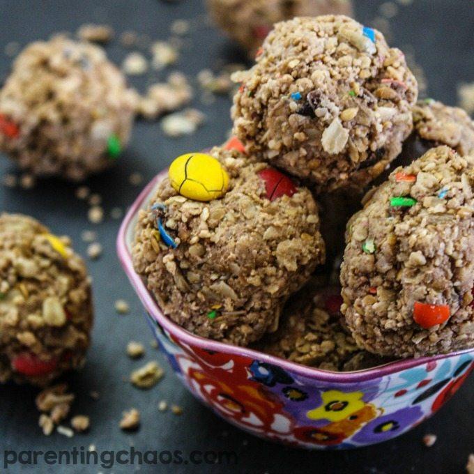Simple NO BAKE Cookie Nookie Energy Balls