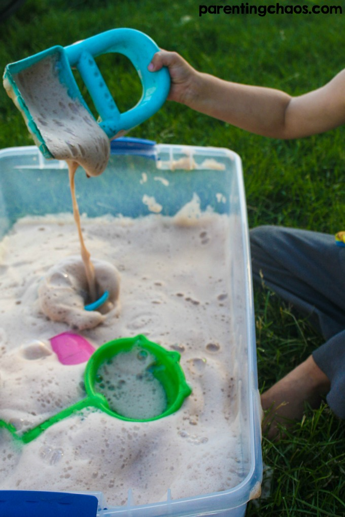 This Chocolate Soap Foam is a super easy and fun sensory play bin for kids, and it is perfect for cooling down!