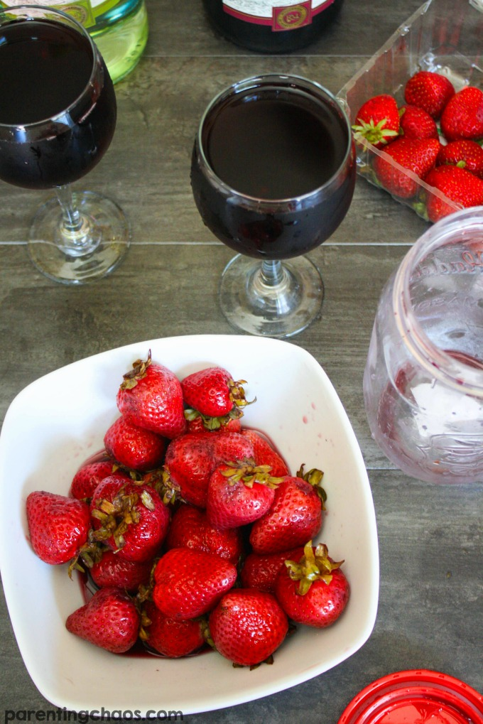 These wine infused strawberries are delicious!