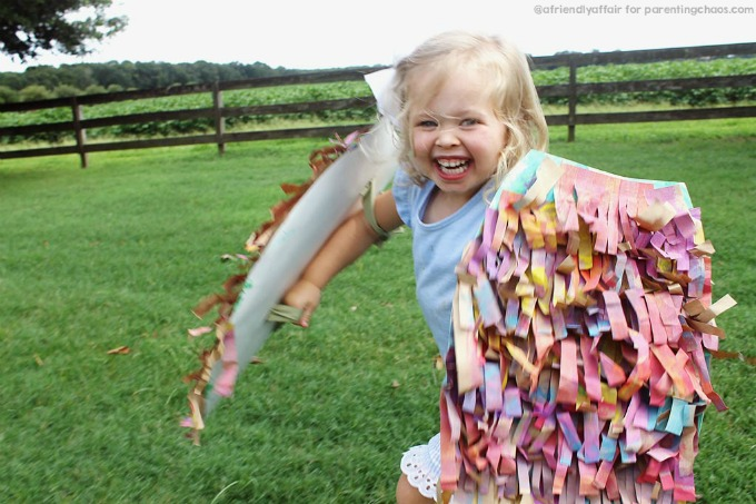 This DIY Bird Wings Craft for kids is absolutely adorable!