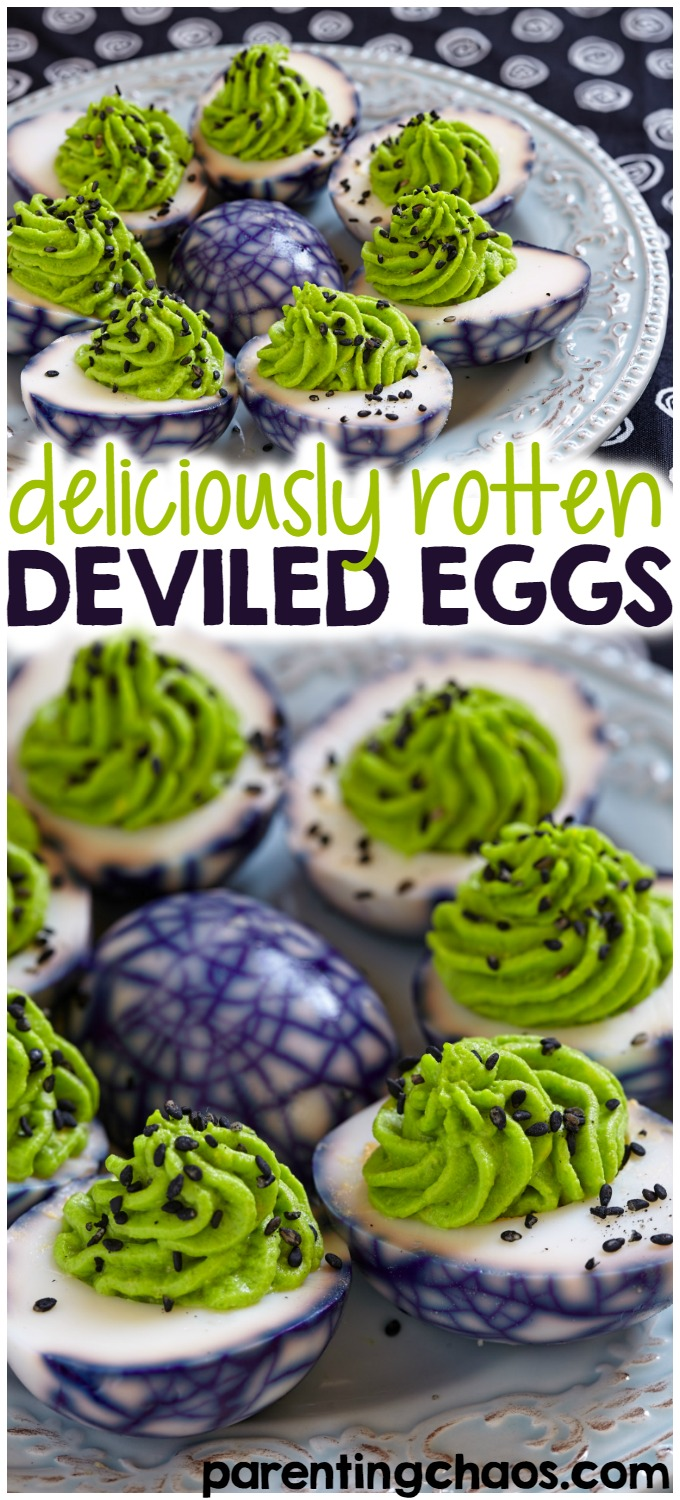 With Halloween sneaking up on us, I'm sure you'll be attending some parties. The kids are sure going to go nuts over these Halloween deviled eggs.