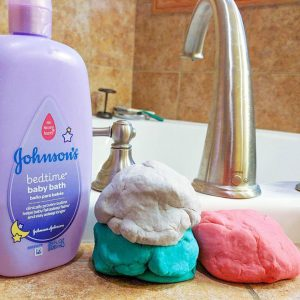 DIY Bathtub Play Dough