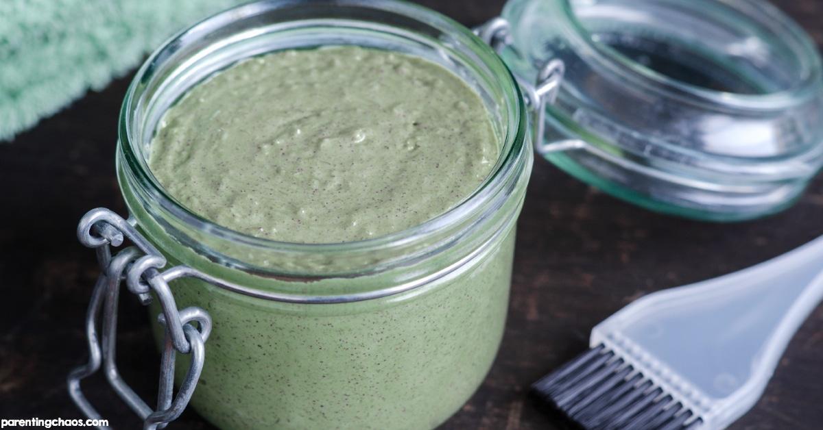 DIY Green Tea & Aloe Vera Face Mask