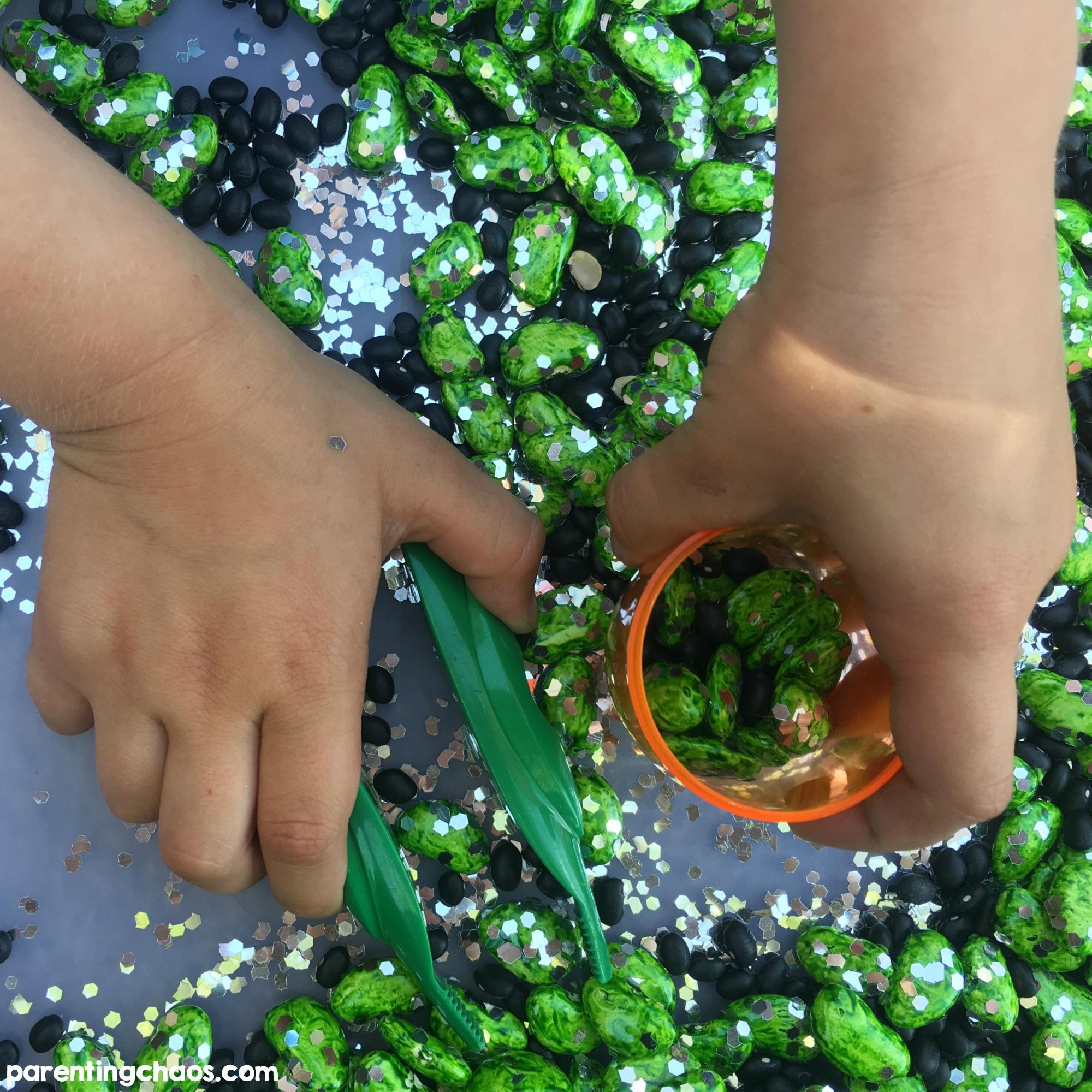 simple spring garden sensory bin